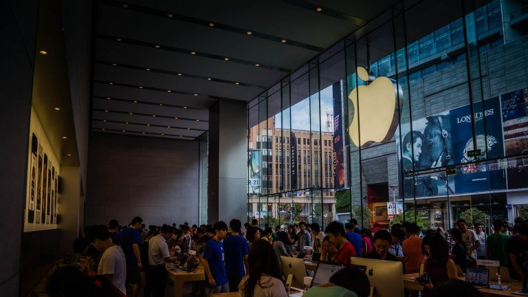 An Apple store in Shanghai. Photo: Richard Schneider CC BY NC  2.0