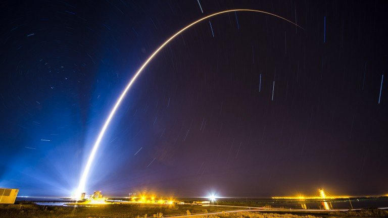 An Atlas V rocket carrying a Space Based Infrared System Geosynchronous Earth Orbit satellite for an Air Force mission.