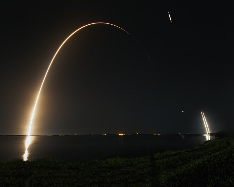 The Spacex Falcon launch watched by photographers