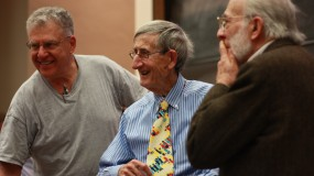 Freeman Dyson (center) with colleagues