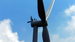 wind turbines tagged stories - MIT Technology Review