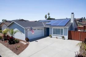 Battles Over Net Metering Cloud the Future of Rooftop Solar