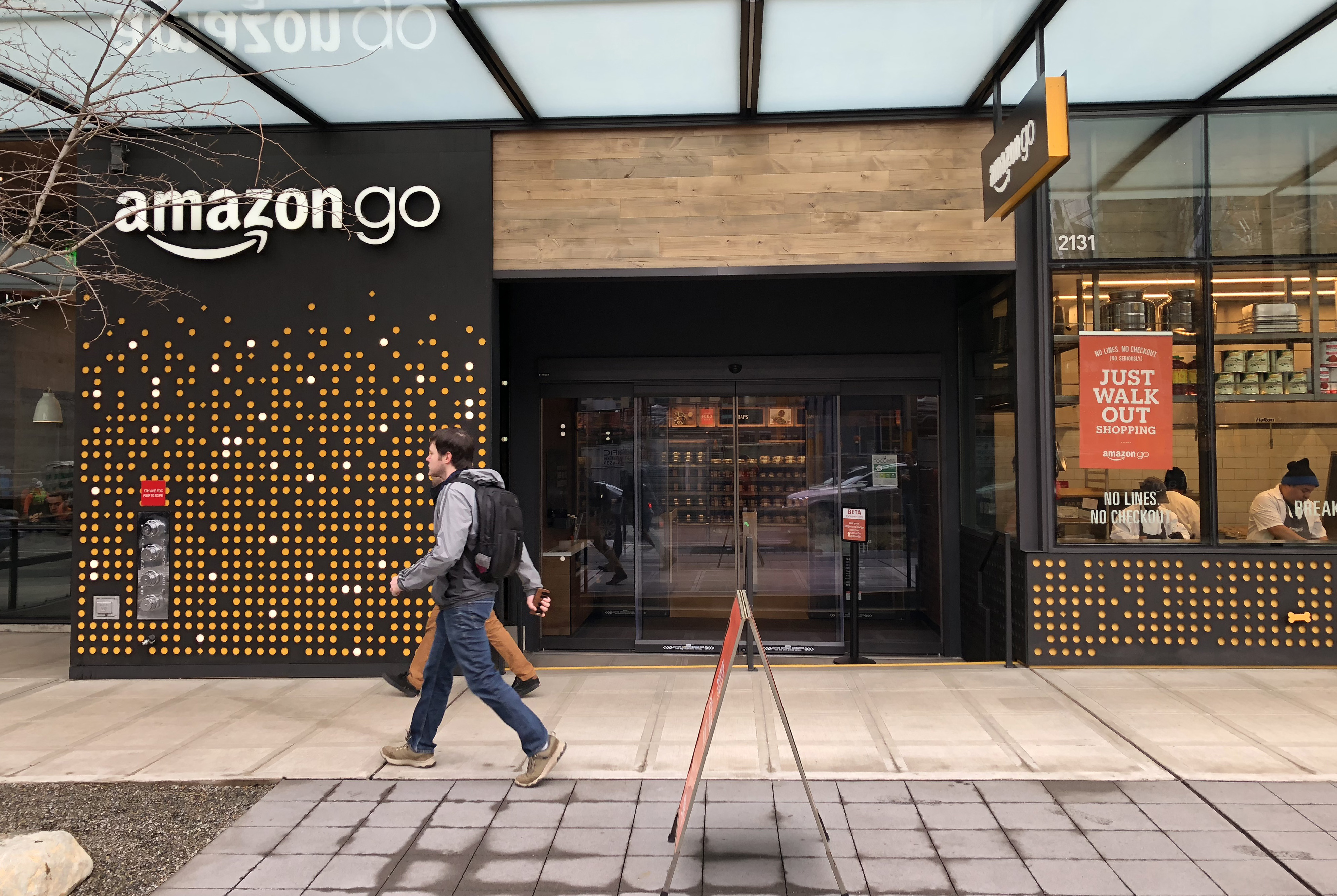 Amazon S Cashier Less Seattle Grocery Store Is Opening To The