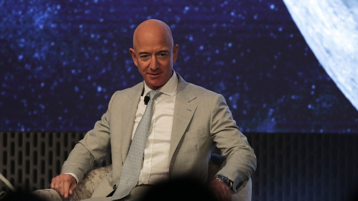 Amazon has asked for permission to launch 3,200 broadband satellites