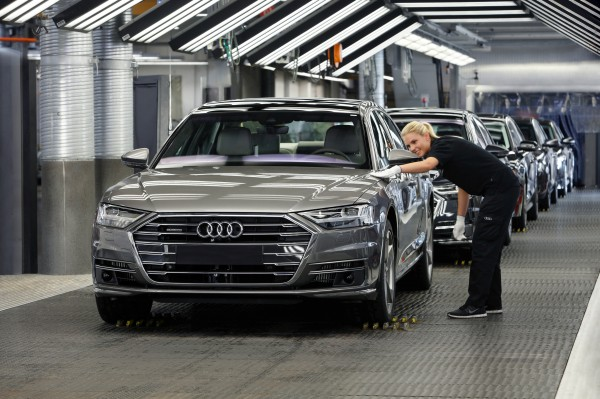 Audis New A May Drive Itself But Owners Should Proceed With - Audi car that drives itself