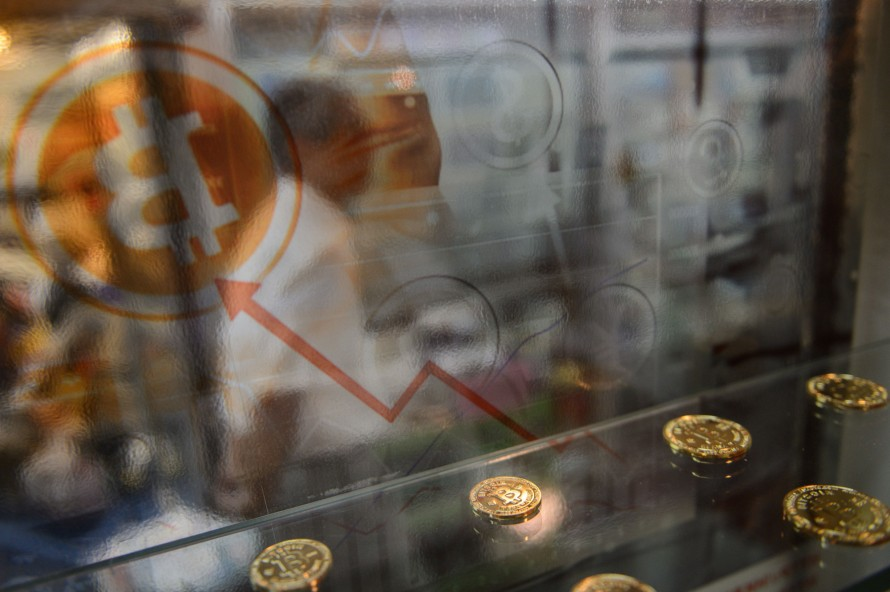 Why Bitcoin's $1,000 Value Doesn't Matter - MIT Technology