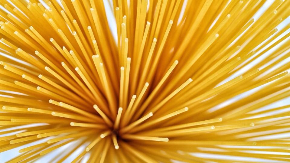 Photo of dry spaghetti