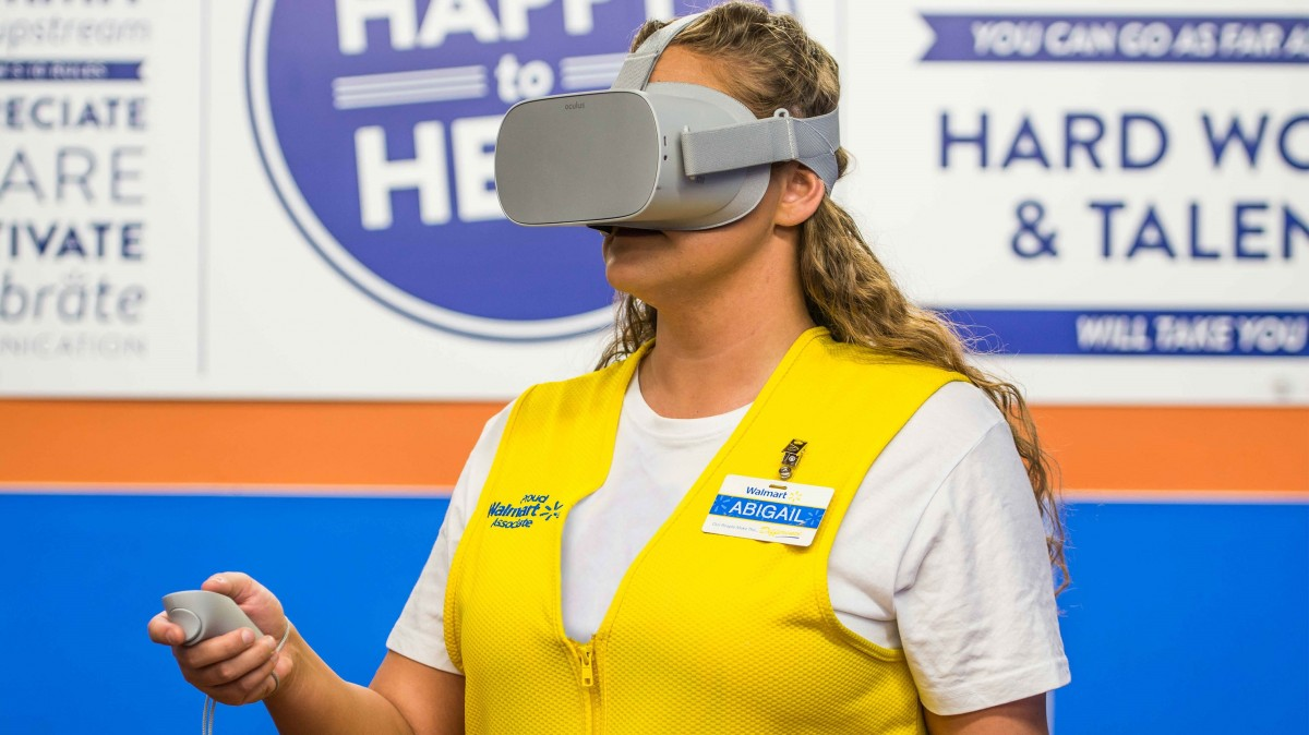 Walmart Will Use Vr Headsets To Train All Its Us Employees