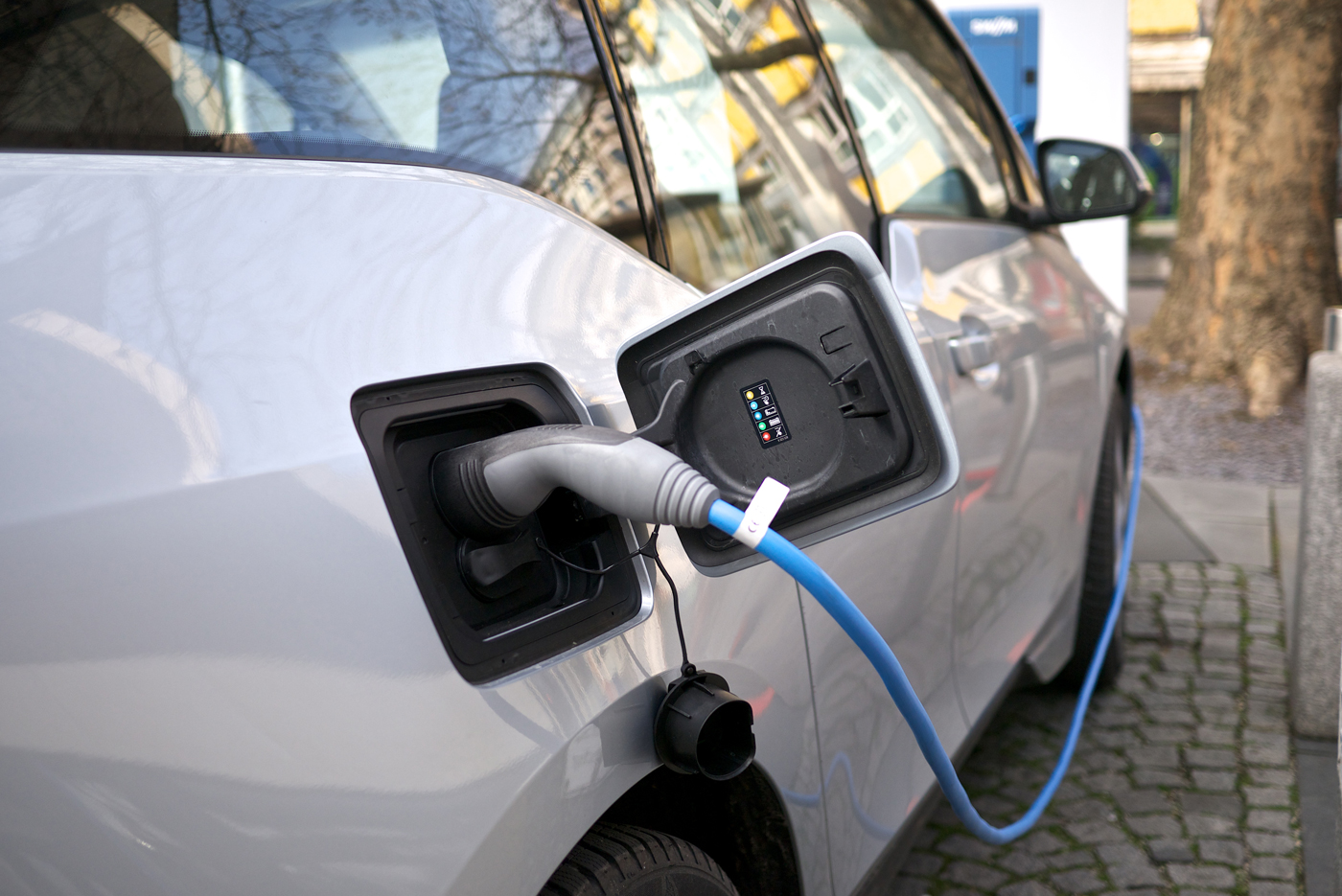 Why Range Anxiety For Electric Cars Is Overblown Mit Technology Review Evs Car Alarm Wiring Diagram 2