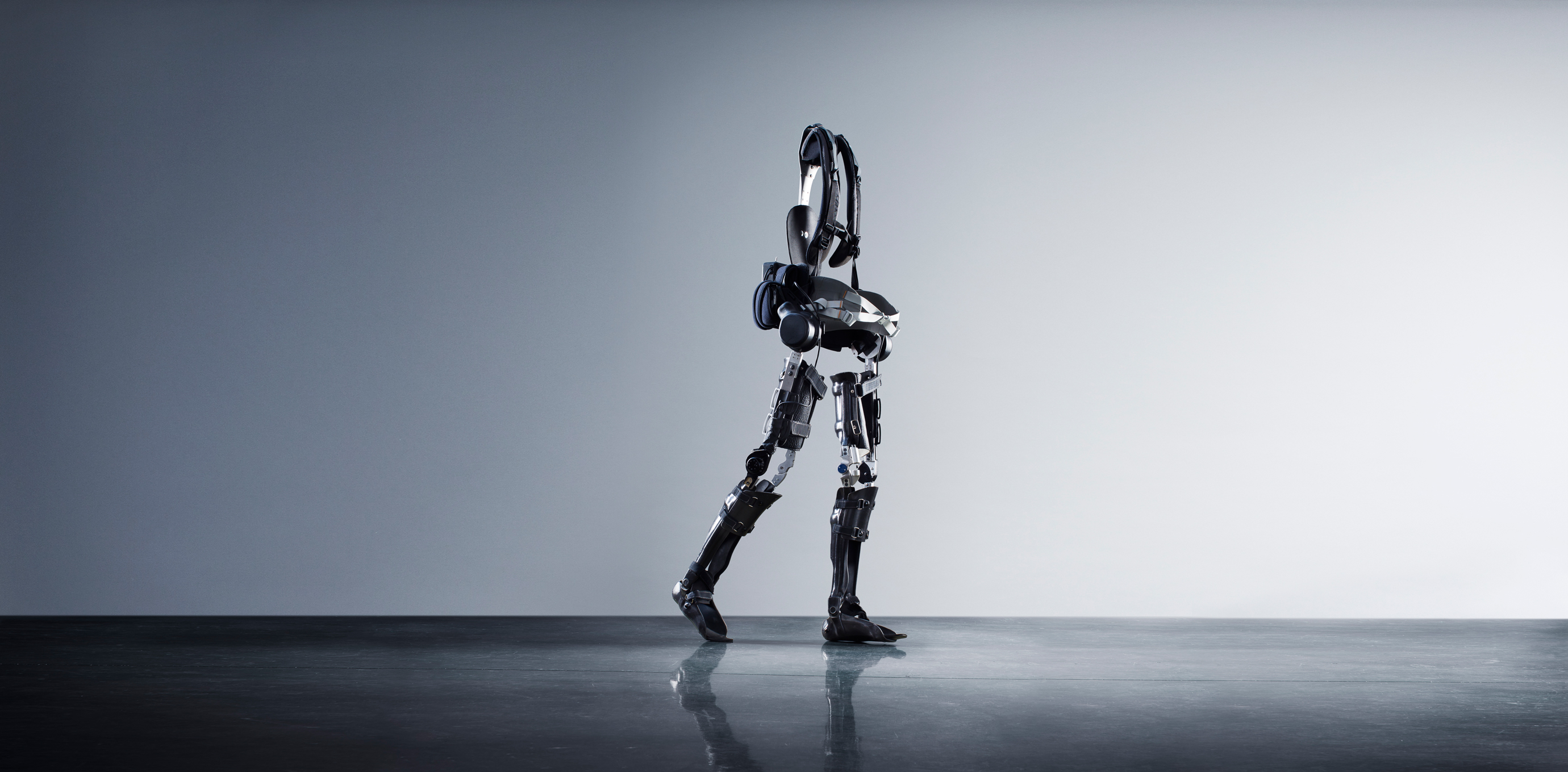 Powered exoskeleton paraplegic dating