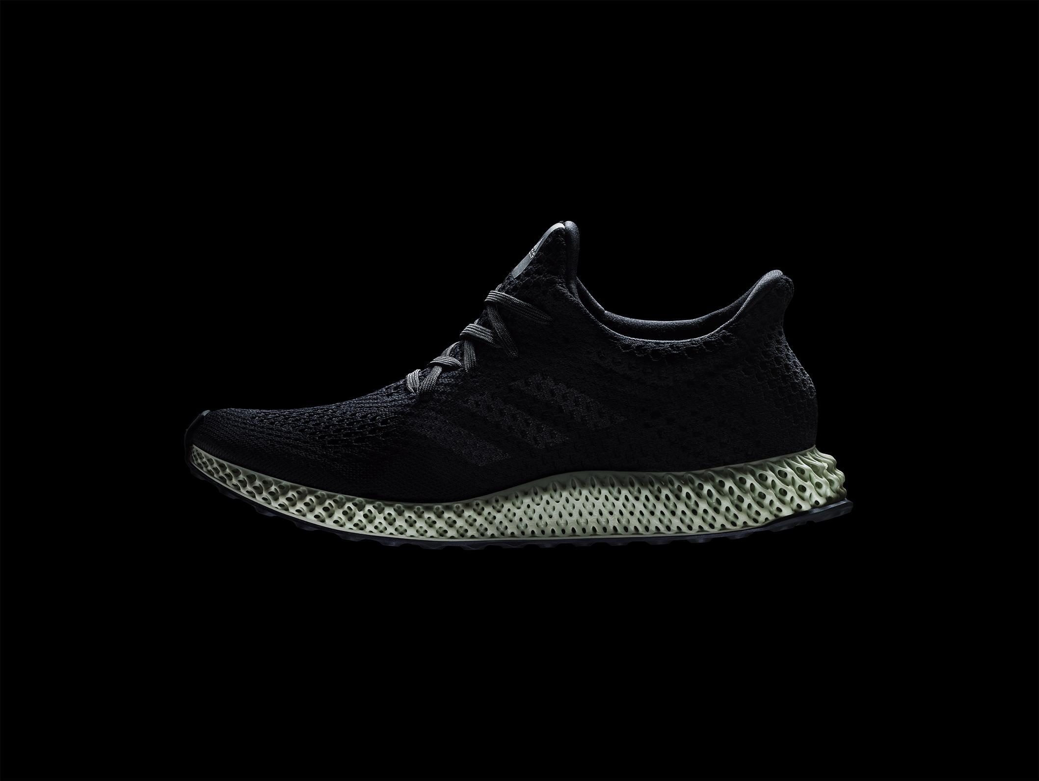 Adidas vara la scarpa sportiva stampata in 3D | 3d Printing