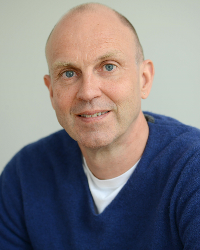 A portrait of George Davey Smith