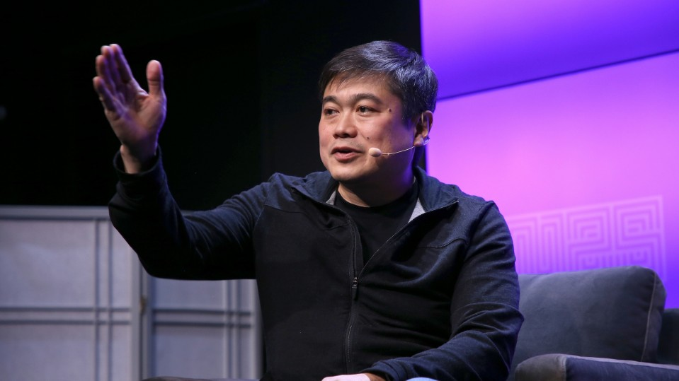 Joi Ito, director of MIT Media Lab, resigns.