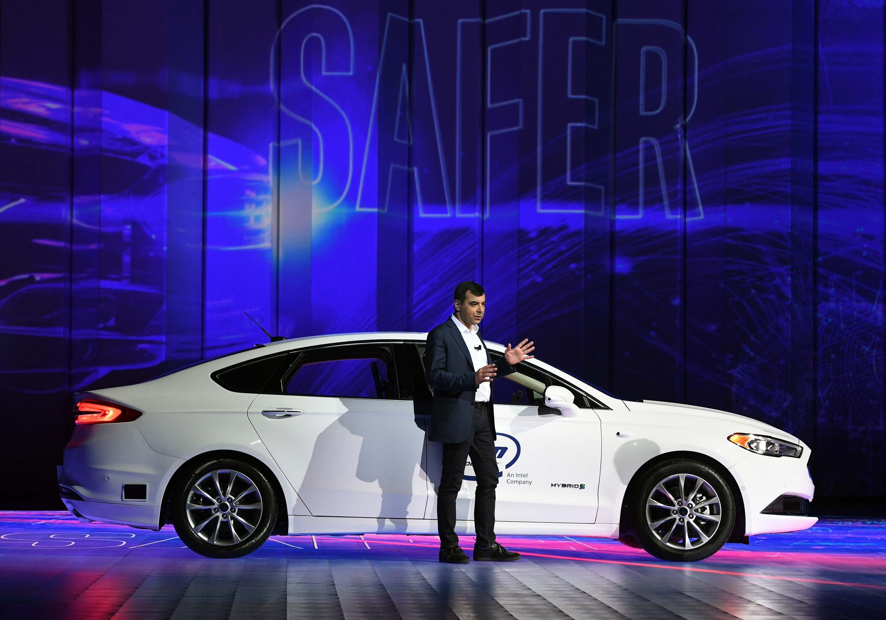 The three challenges keeping cars from being fully autonomous