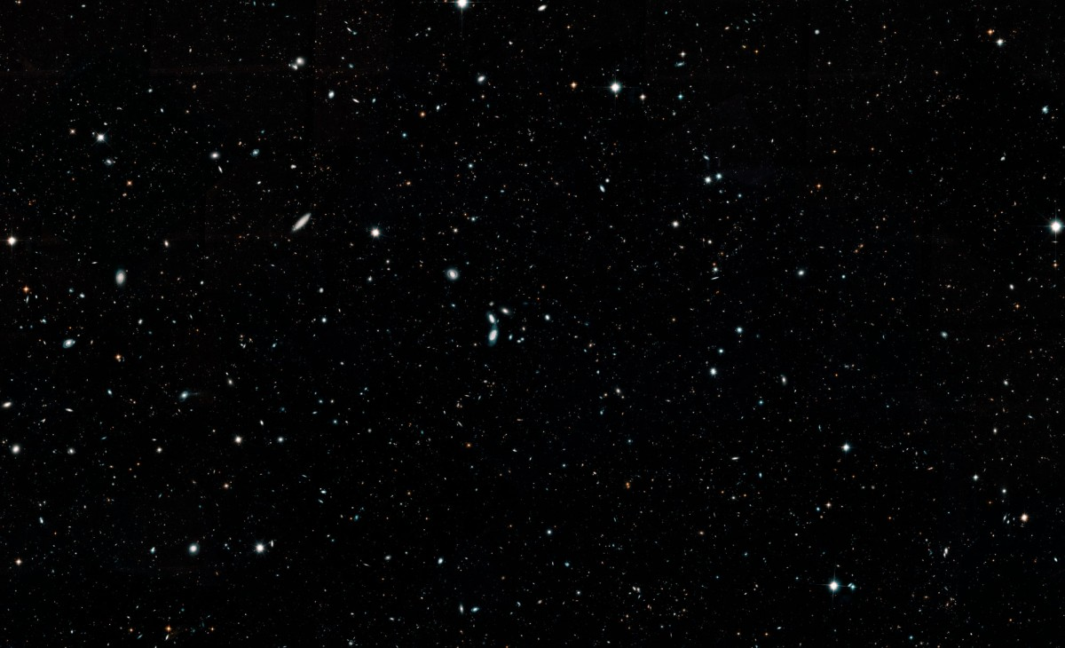 This Hubble photo captures more than 265,000 galaxies in one image