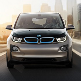 front view of BMW i3 in Andesit Silver with BMW i BlueAccent