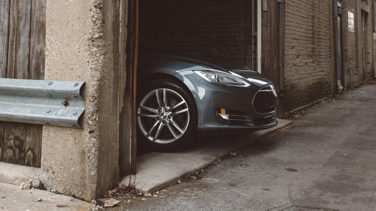 Tesla may edge forward in China