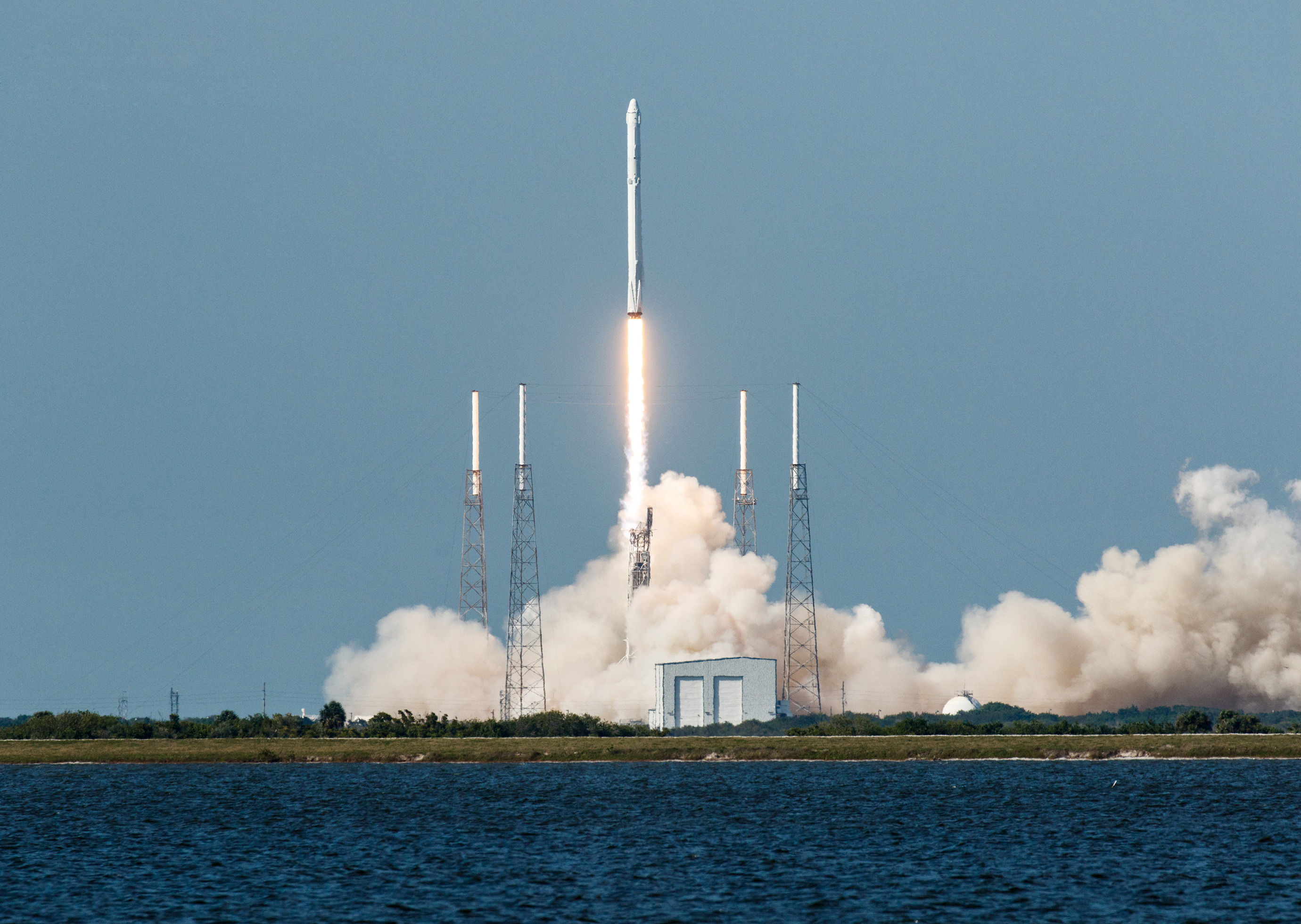 landing rockets is awesome but how much will refurbishing them cost mit technology review