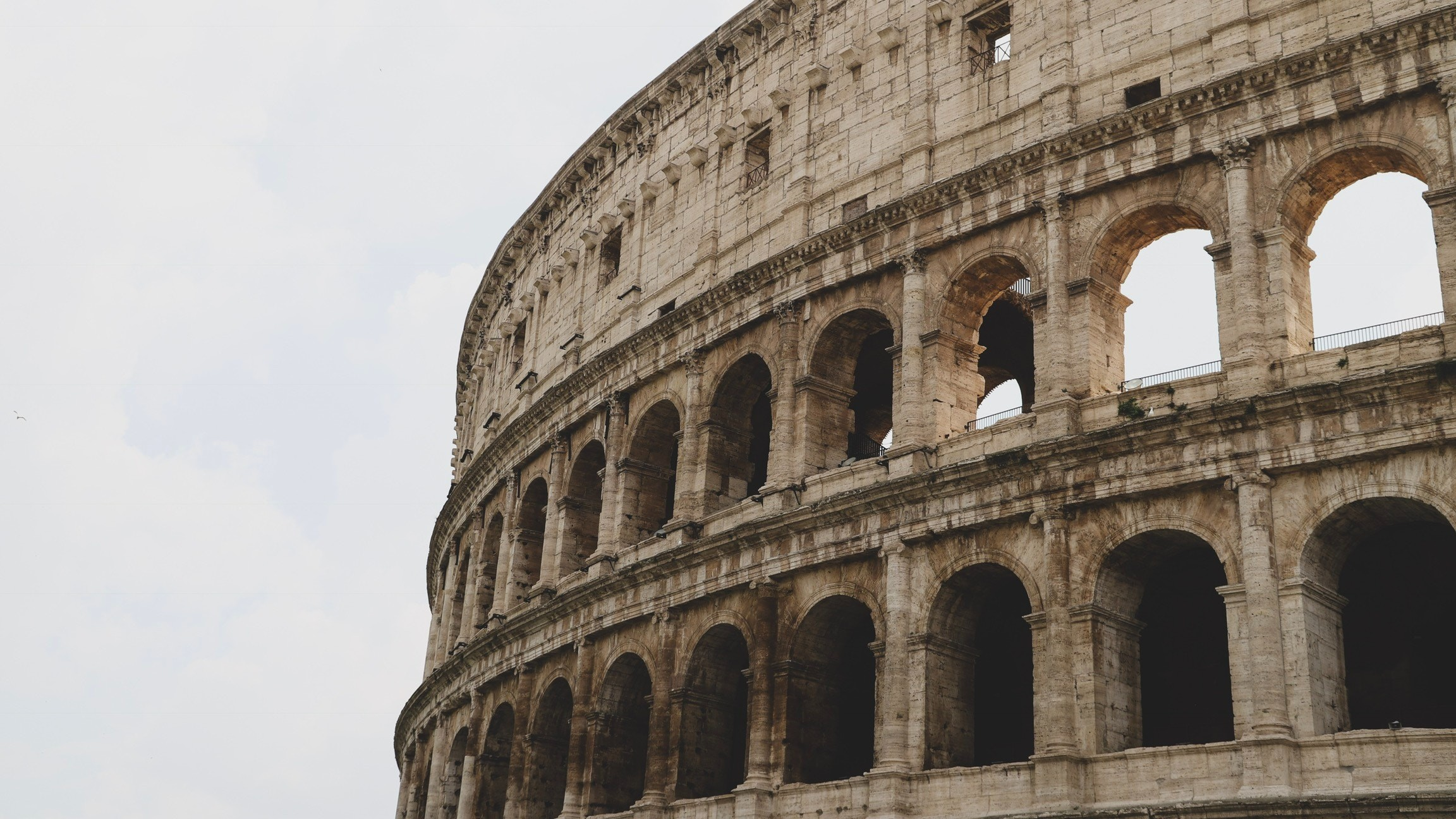 Roman amphitheaters act like seismic invisibility cloaks