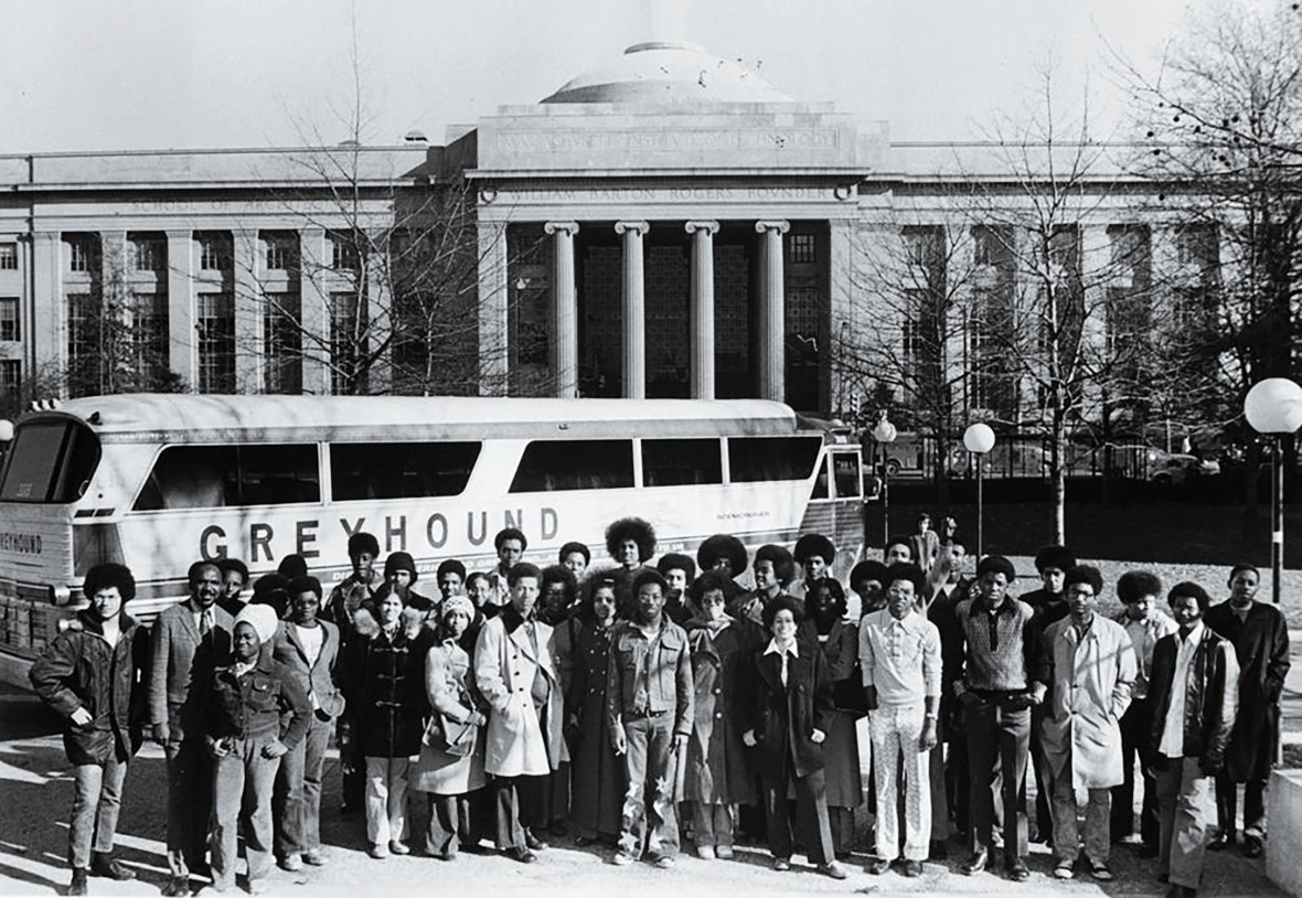 Black and white photo of group of students in front of the MIT Dome
