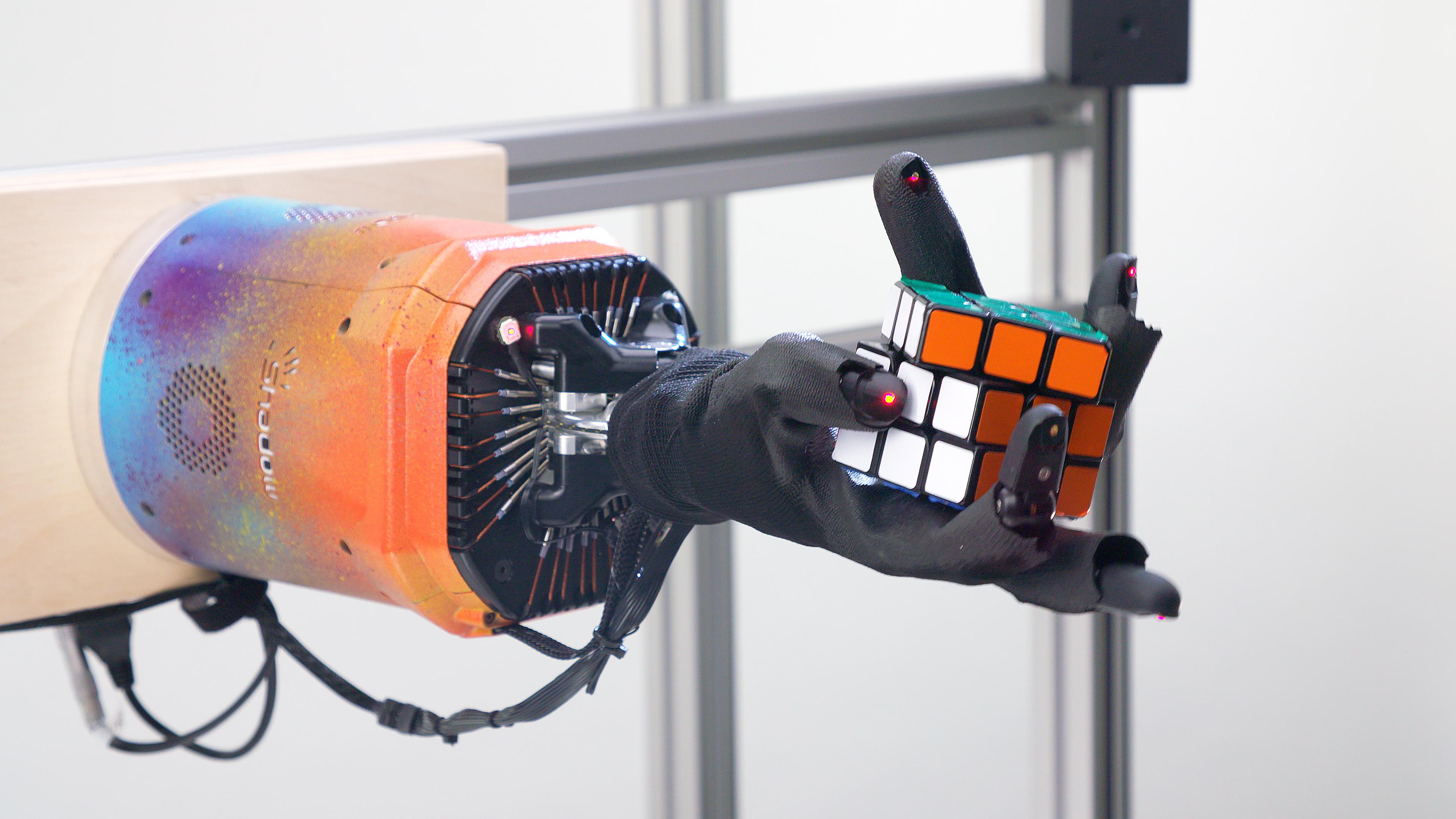 OpenAI robot solves Rubik's Cube one-handed