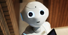 This robot also doesn't contain much real AI.