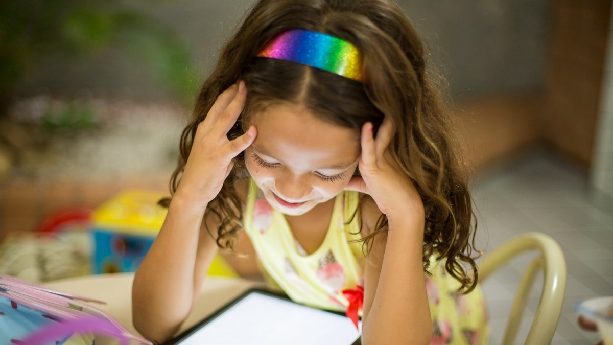 How iPads might actually help kids learn to read