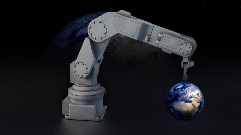 Robot arm Earth