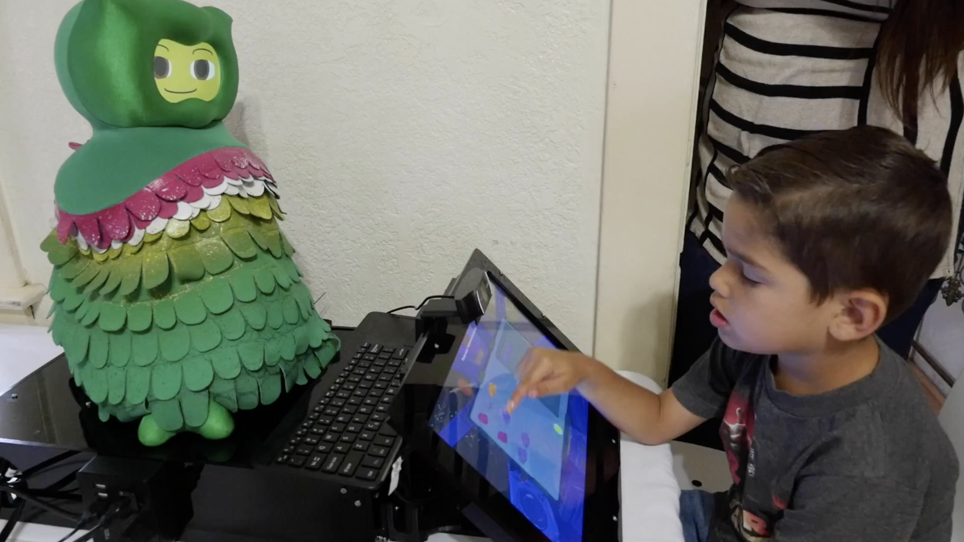Robots that teach autistic kids social skills could help them develop