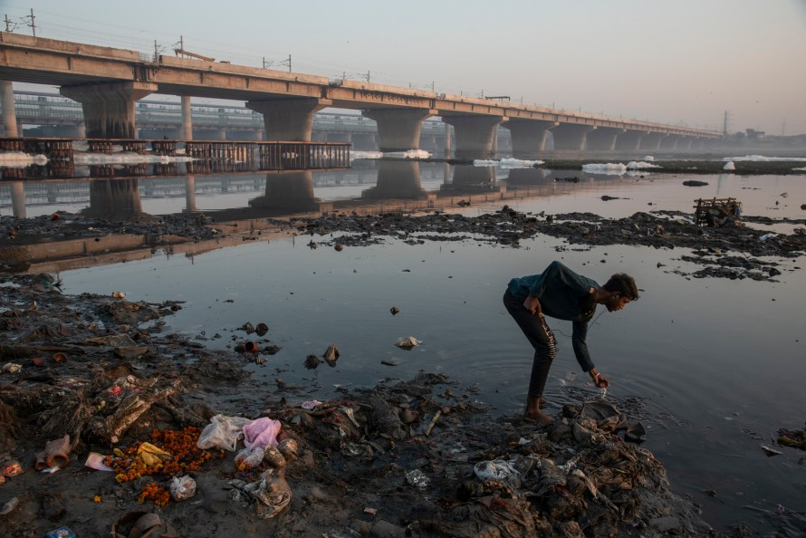 Photograph of the polluted Yamuna river