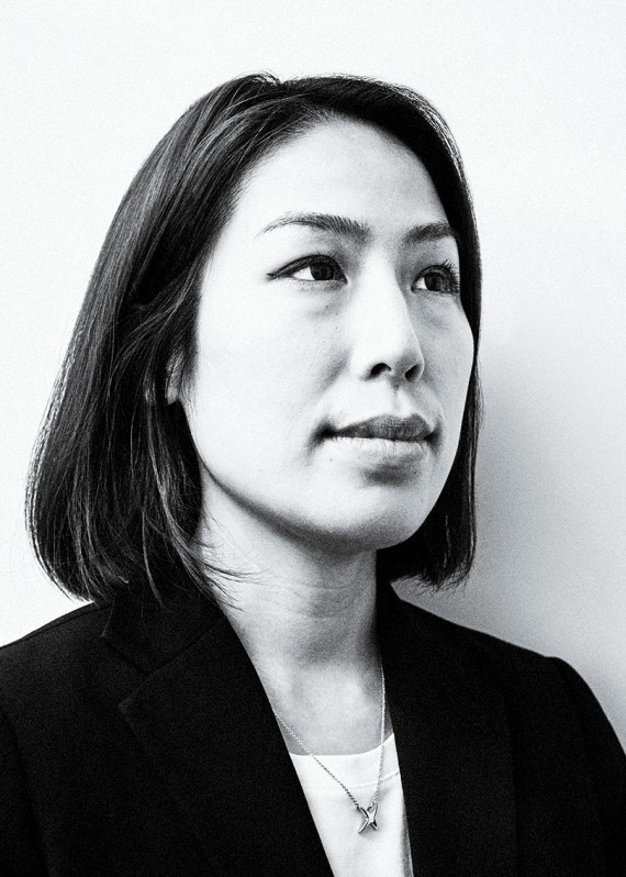 Portrait photograph of Karen Yu