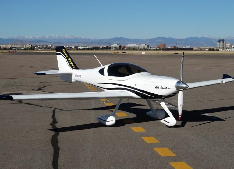 A Sun Flyer electric plane
