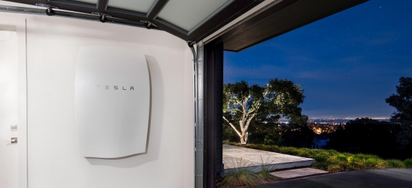 Tesla-SolarCity Success Depends on Battery Technology That Doesn't