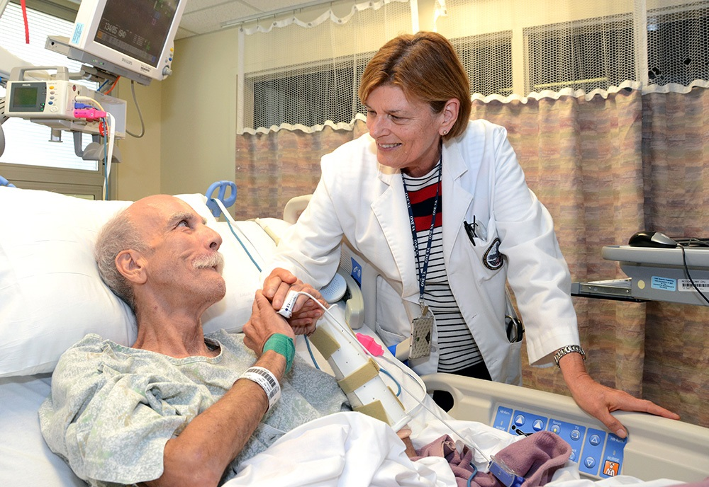 VA doctor meets with a patient