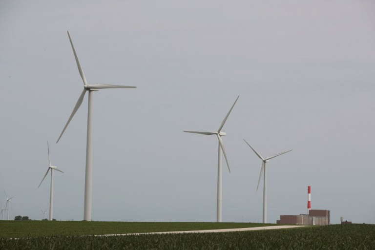 DeepMind's AI is predicting how much energy Google's wind
