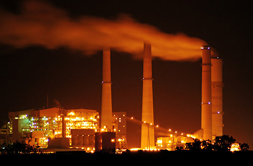 Coal power plants like this one in Texas will be subject to limits on carbon dioxide emissions as part of the Obama administration's new climate plan. (Credit: www.technologyreview.com) Click to enlarge.
