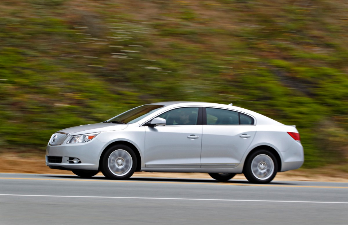 Buick LaCrosse: Average Fuel EconomyInstantaneous Fuel Economy