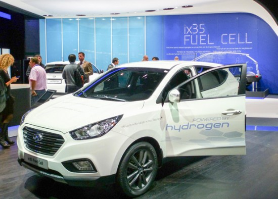 Hydrogen Cars: A Dream That Won't Die - MIT Technology Review