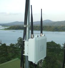 Long-Distance Wi-Fi - MIT Technology Review