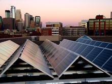 M s potencia en los tejados solares mit technology review for Tejados solares